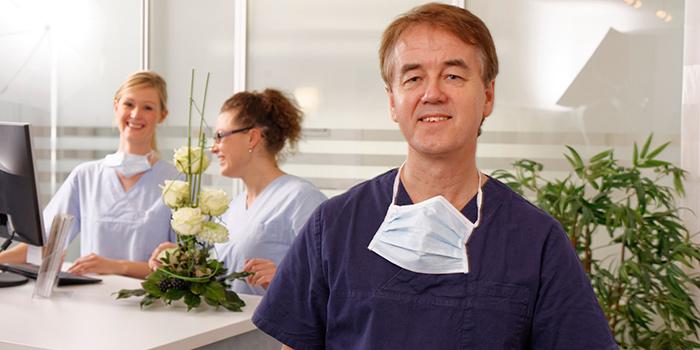 Sie kommen aus Grebenstein, Immenhausen, Trendelburg oder Bad Karlshafen und suchen einen Zahnarzt? Herzlich willkommen in unserer modernen Zahnarzt-Praxis!